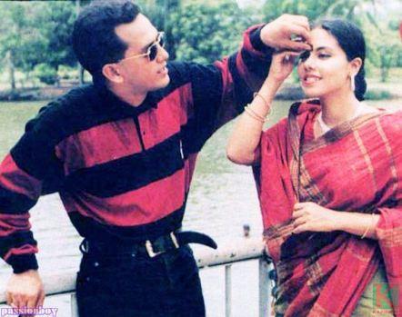 সালমান শাহ ও শমী কায়সার। ৯৬ সালেই মারা যান সালমান শাহ। তাকে ভালবাসা। প্রাপিসূত্র - http://www.kazirhut.com/threads/2837/page-2